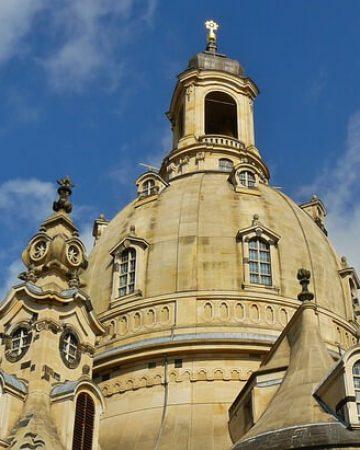 Mietbus in Dresden gesucht?